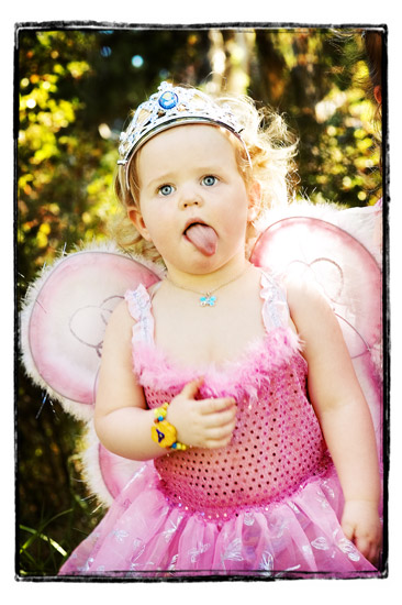 Butterfly wings and littleangels