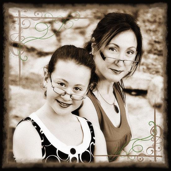 Mum anddaughter